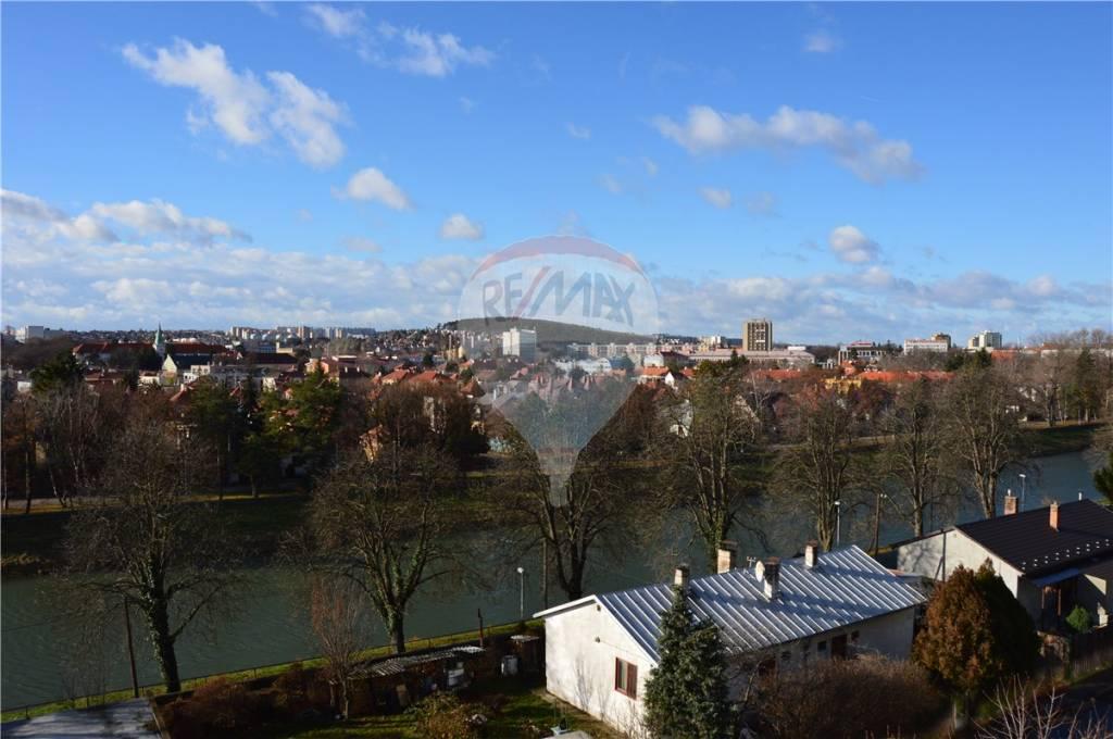 predaj pozemok na komerčnú výstavbu Nitra, Nábrežie mládeže