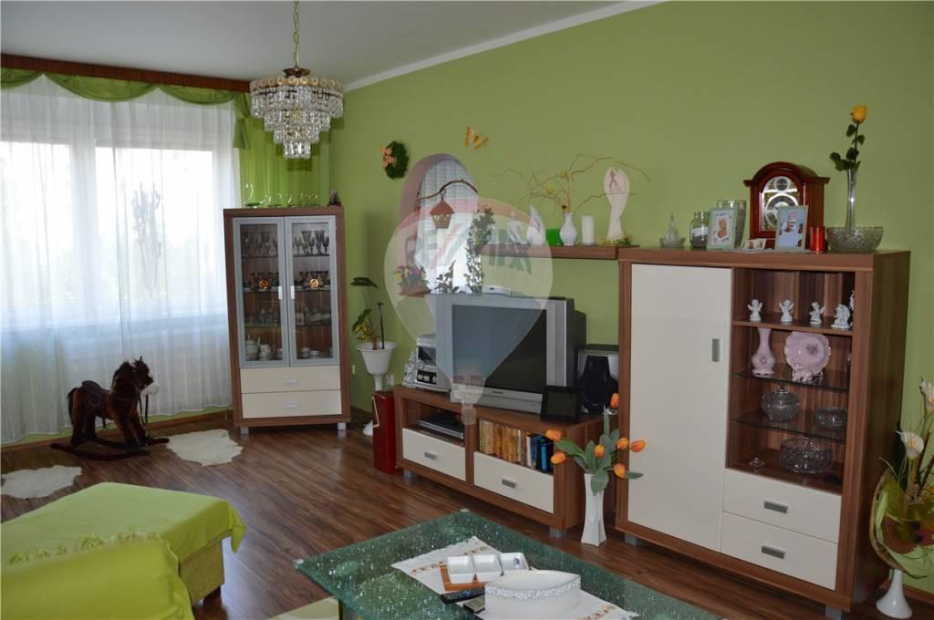 predaj 3 izbový byt Nitra, Škultétyho