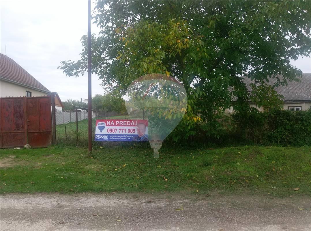 predaj stavebný pozemok Horné Lefantovce