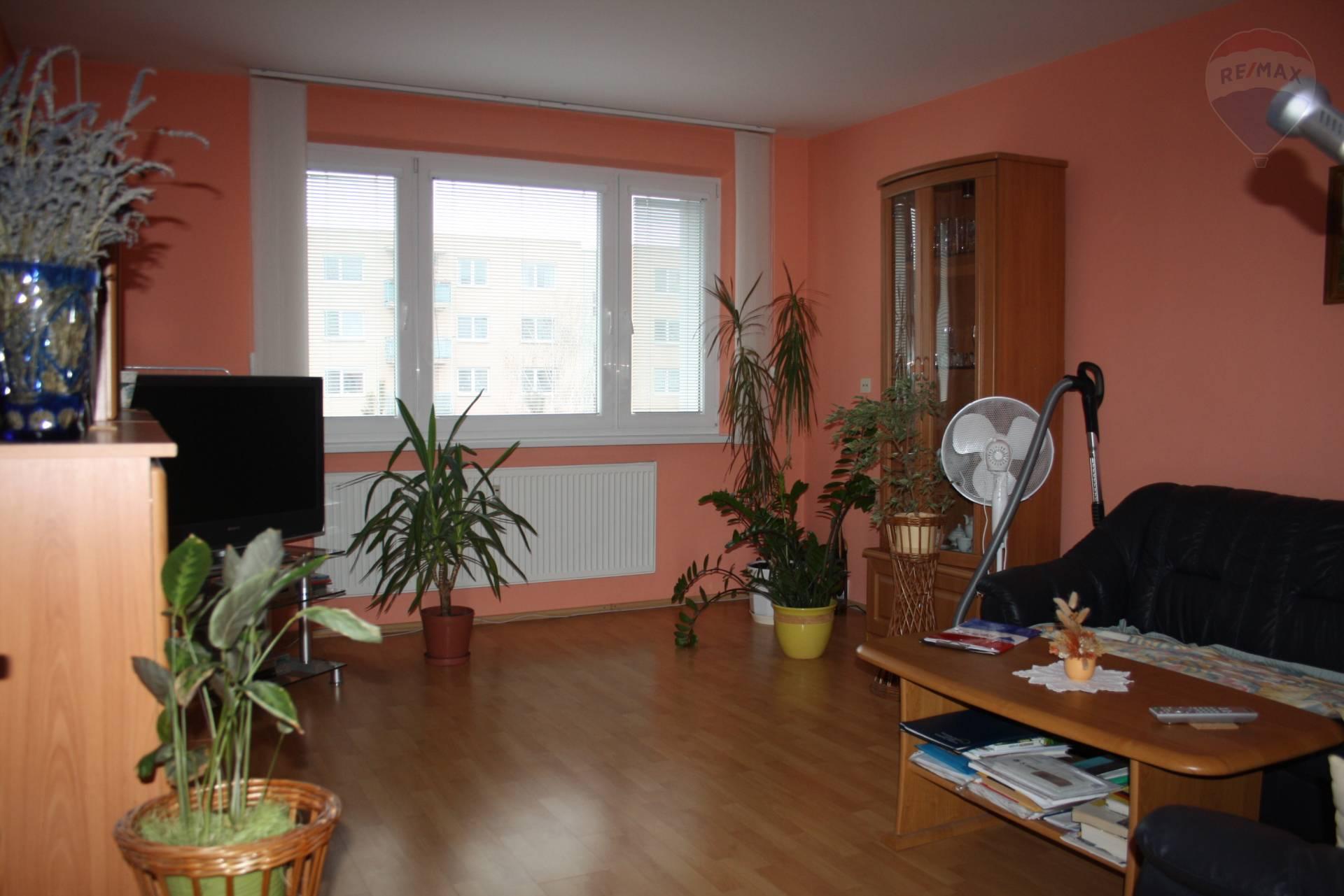 REZERVOVANÉ !! Exkluzívne !! predaj 3 izbový byt lodžia Nitra Klokočina