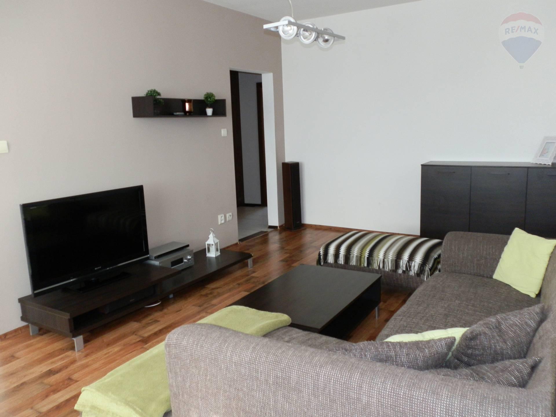 REZERVOVANÉ! Predaj kompletne zrekonštruovaný byt Nitra Čermáň