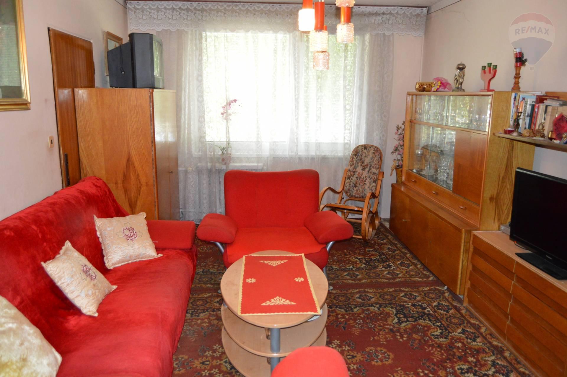 predaj 4 izbový byt Nitra, Brezová