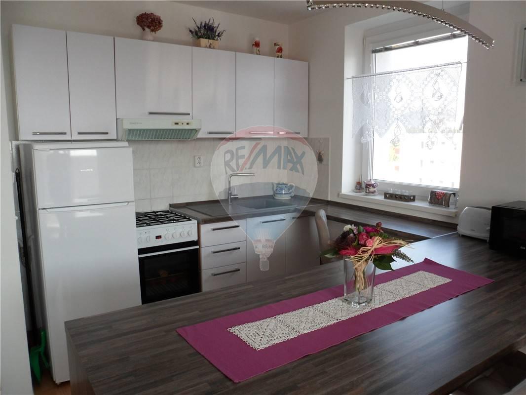 prenájom 1 izbový byt Nitra, Potravinárska