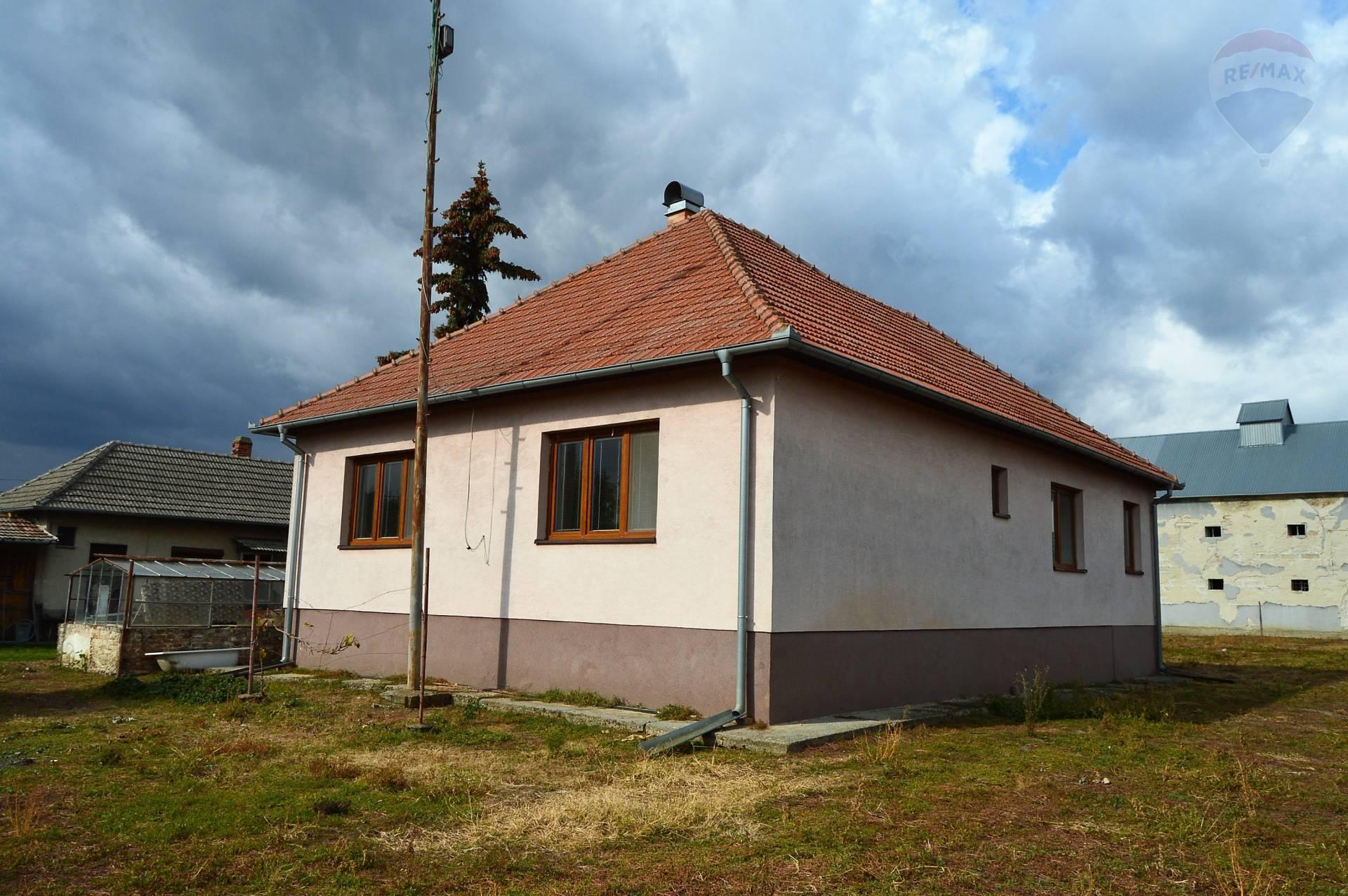 predaj rodinný dom Žihárec
