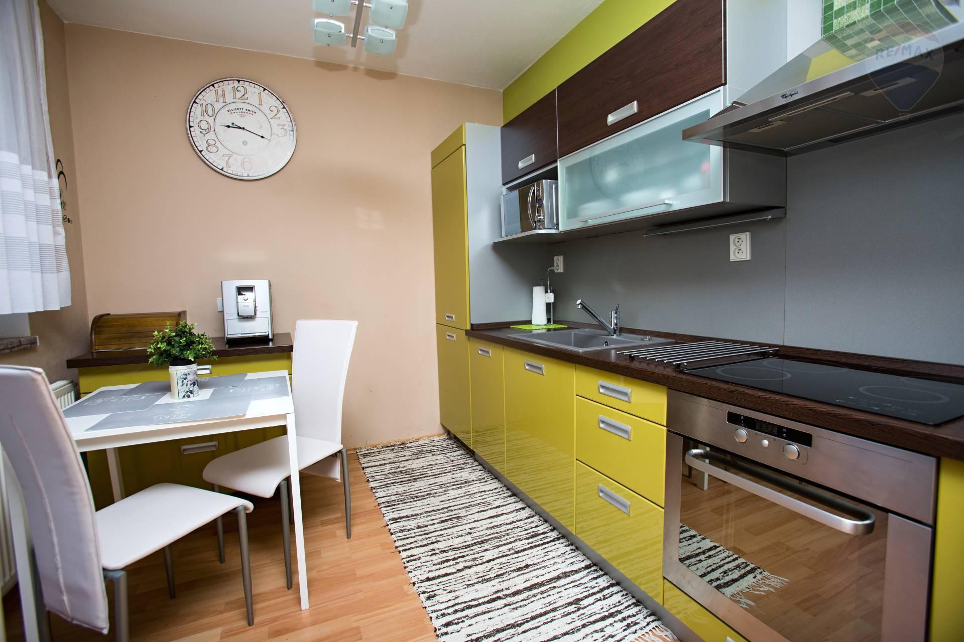 predaj 2 izbový byt Nitra, Južná