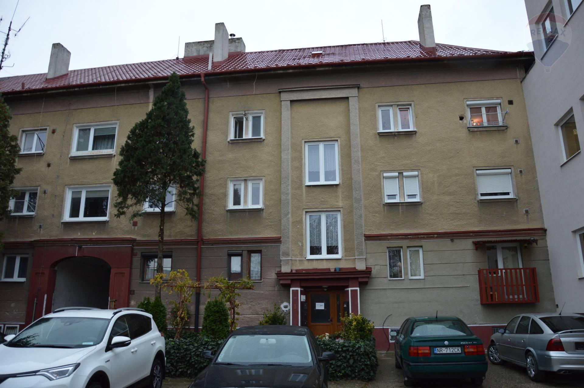 predaj 2 izbový byt Nitra, Staničná