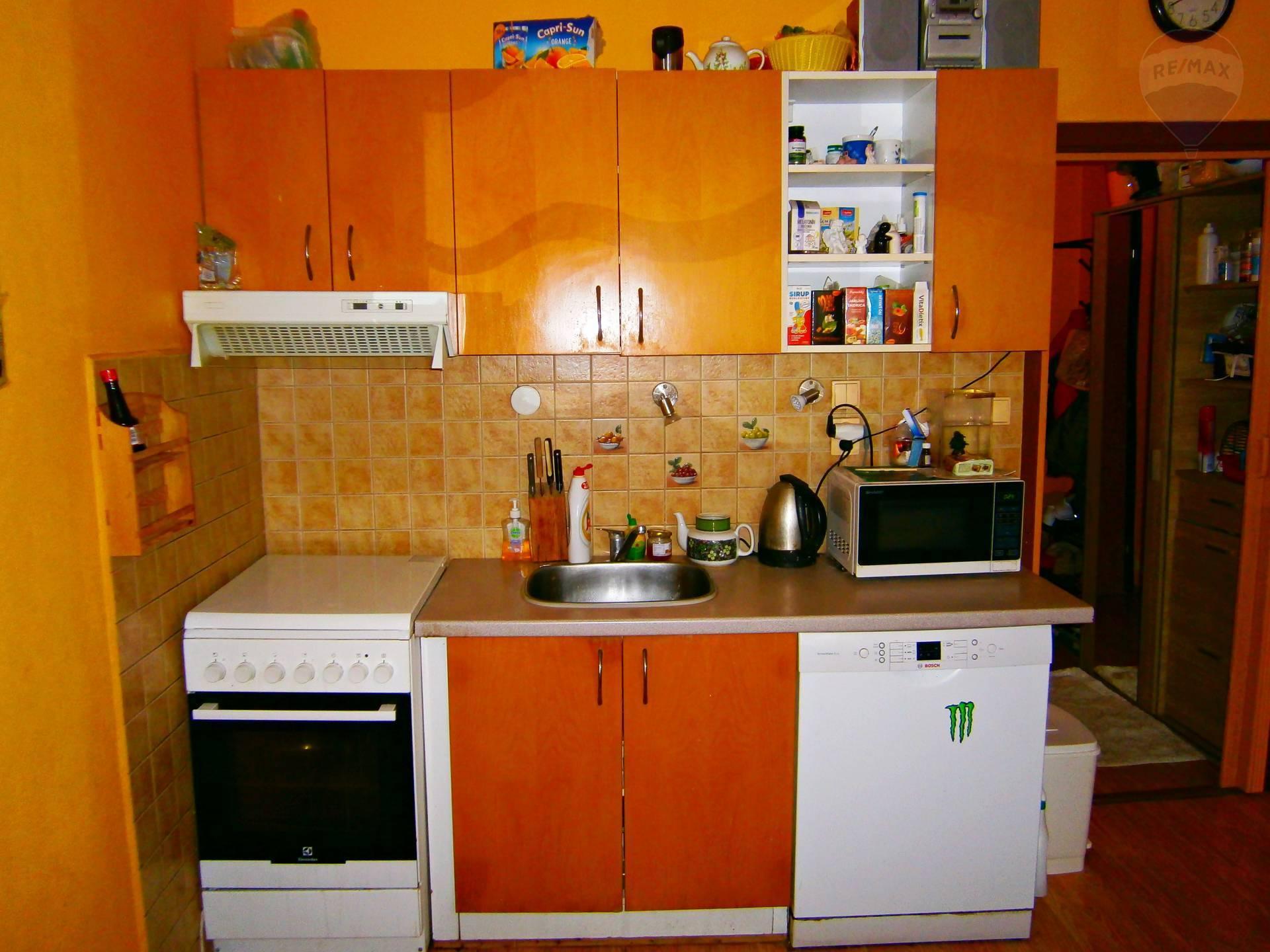 predaj 1 izbový byt Nitra, Bellova