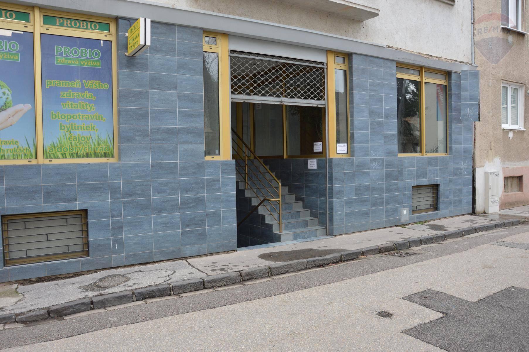 prenájom obchodný priestor Nitra, Radlinského
