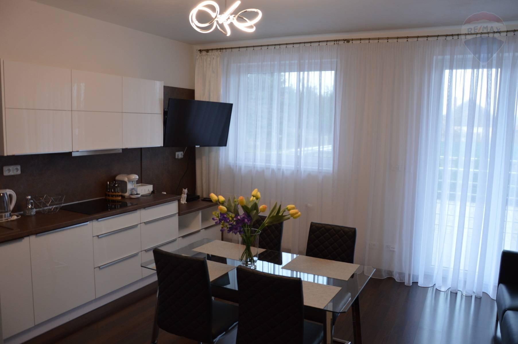 predaj 2 izbový byt Lužianky, Kaplanova