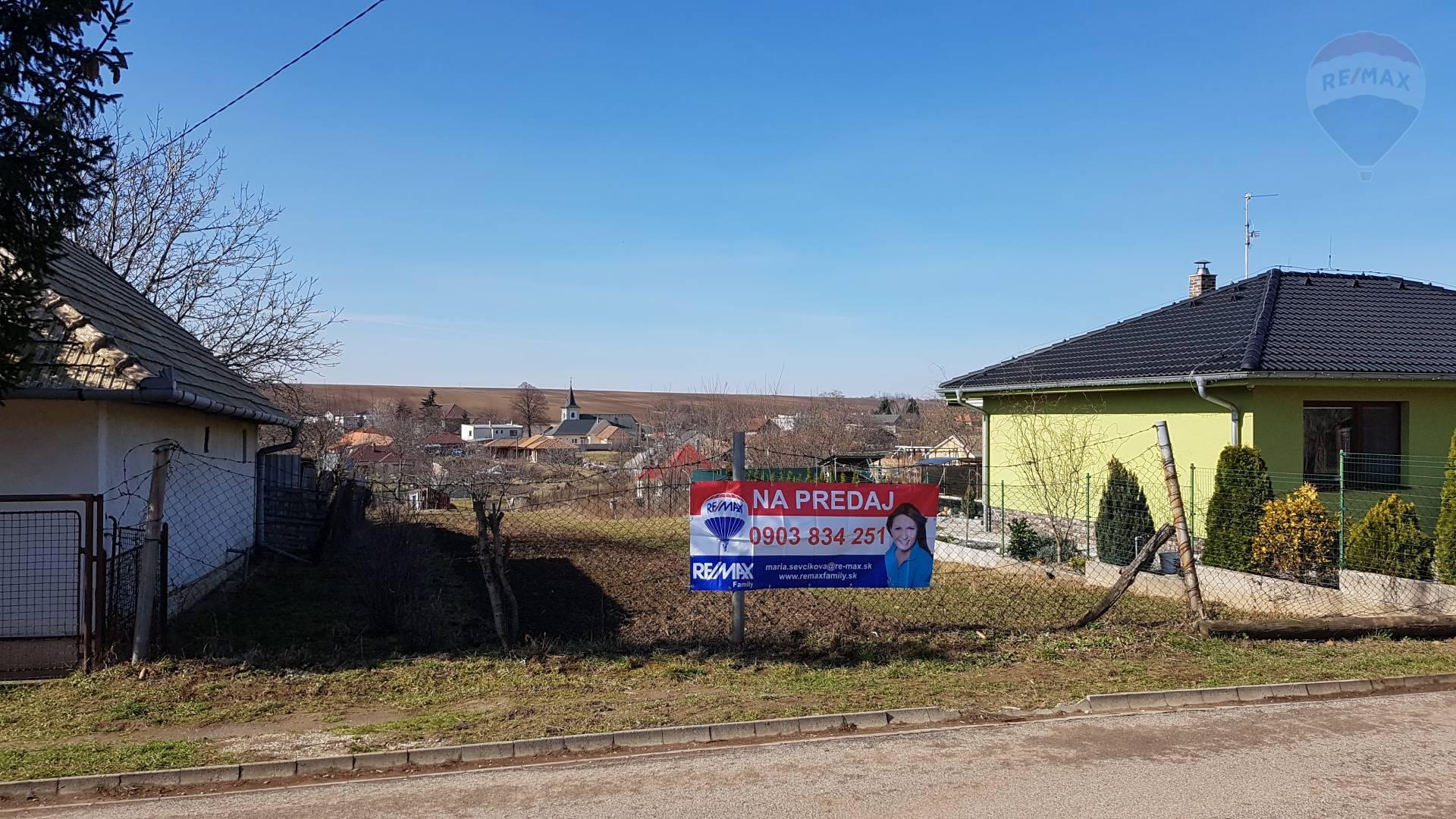 predaj stavebný pozemok Svätoplukovo