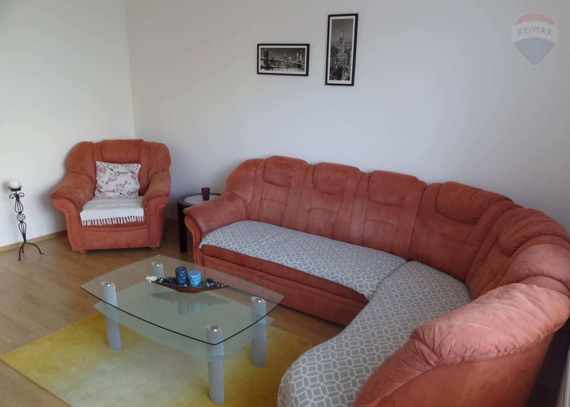 prenájom 3 izbový byt Nitra, Petzwalova