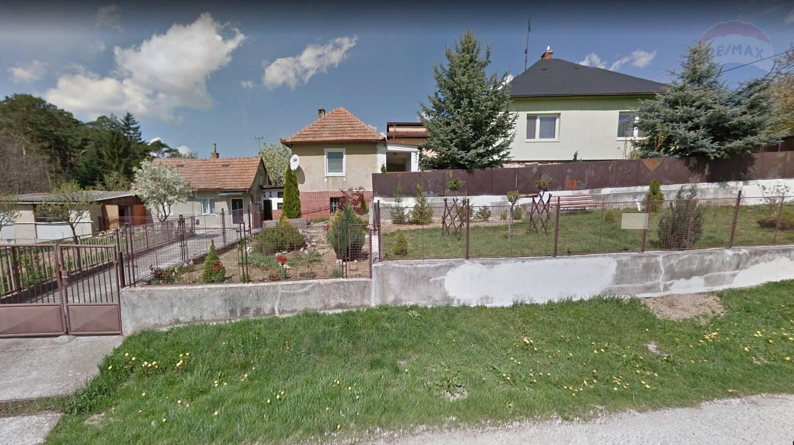 predaj rodinný dom Kolíňany