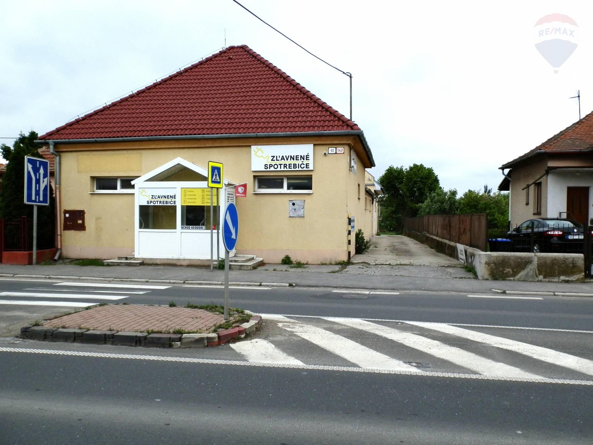 predaj komerčná nehnuteľnost Nitra, Novozámocká