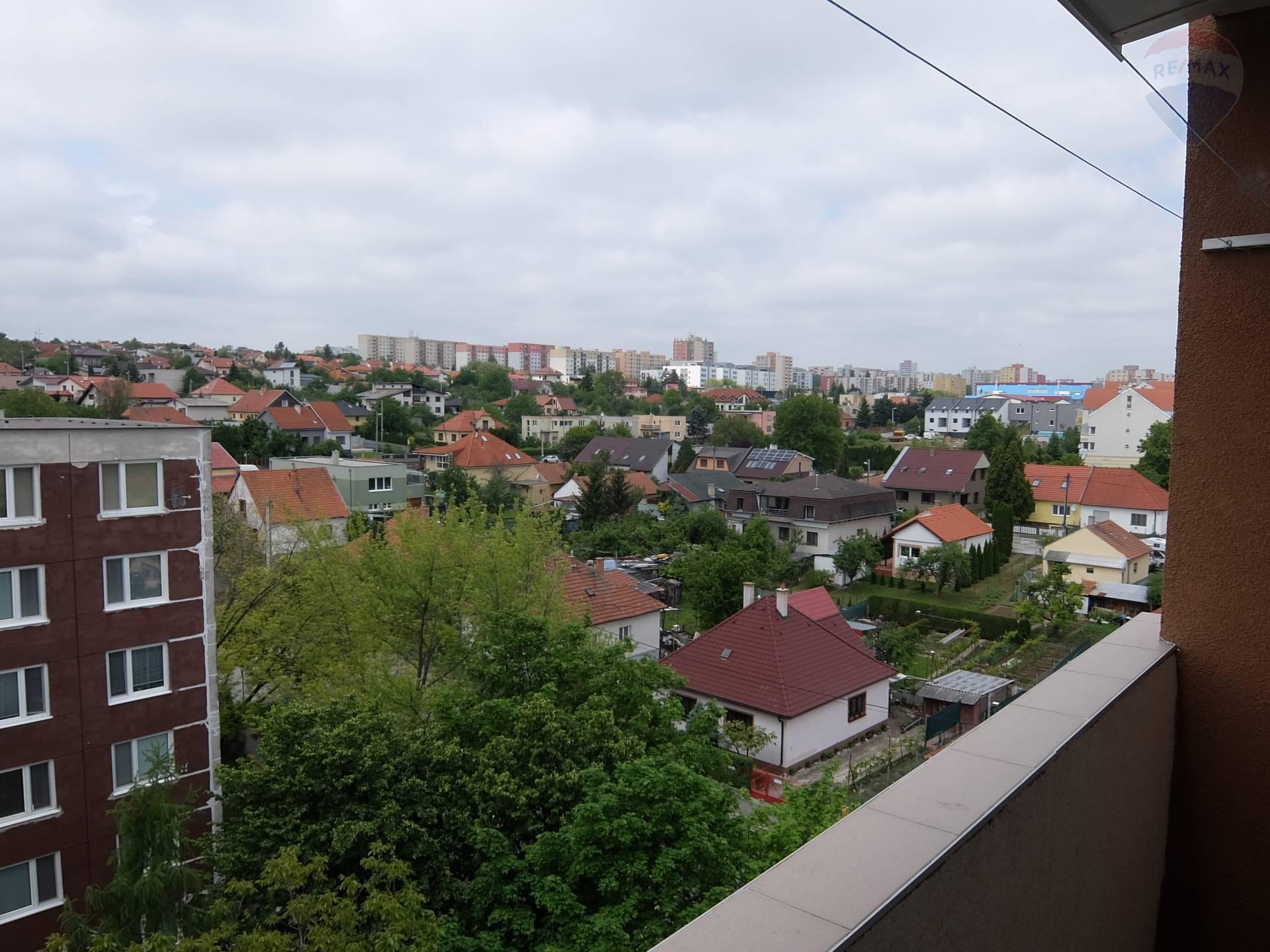 predaj 1 izbový byt Nitra, Hlboká
