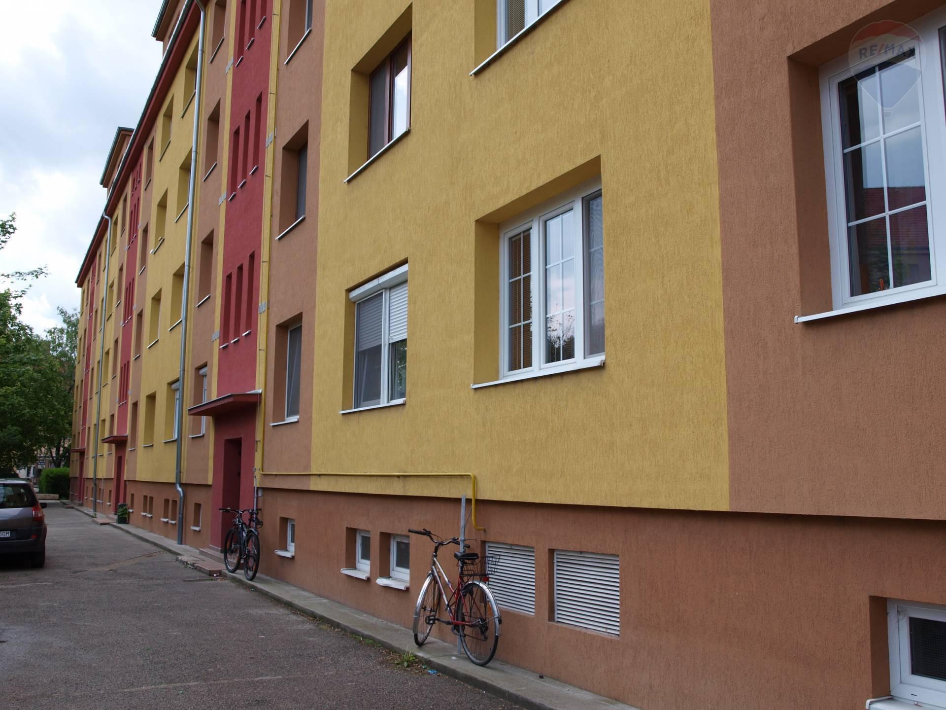 predaj 2 izbový byt Nové Zámky, Petöfiho