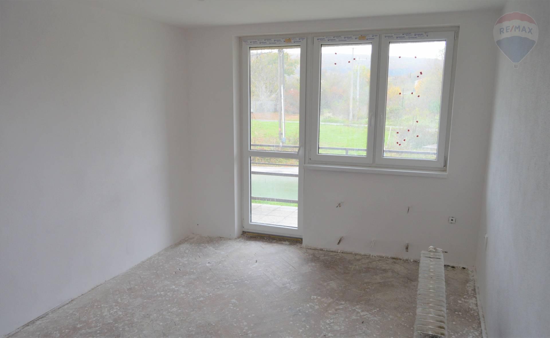 predaj 3 izbový byt Žirany