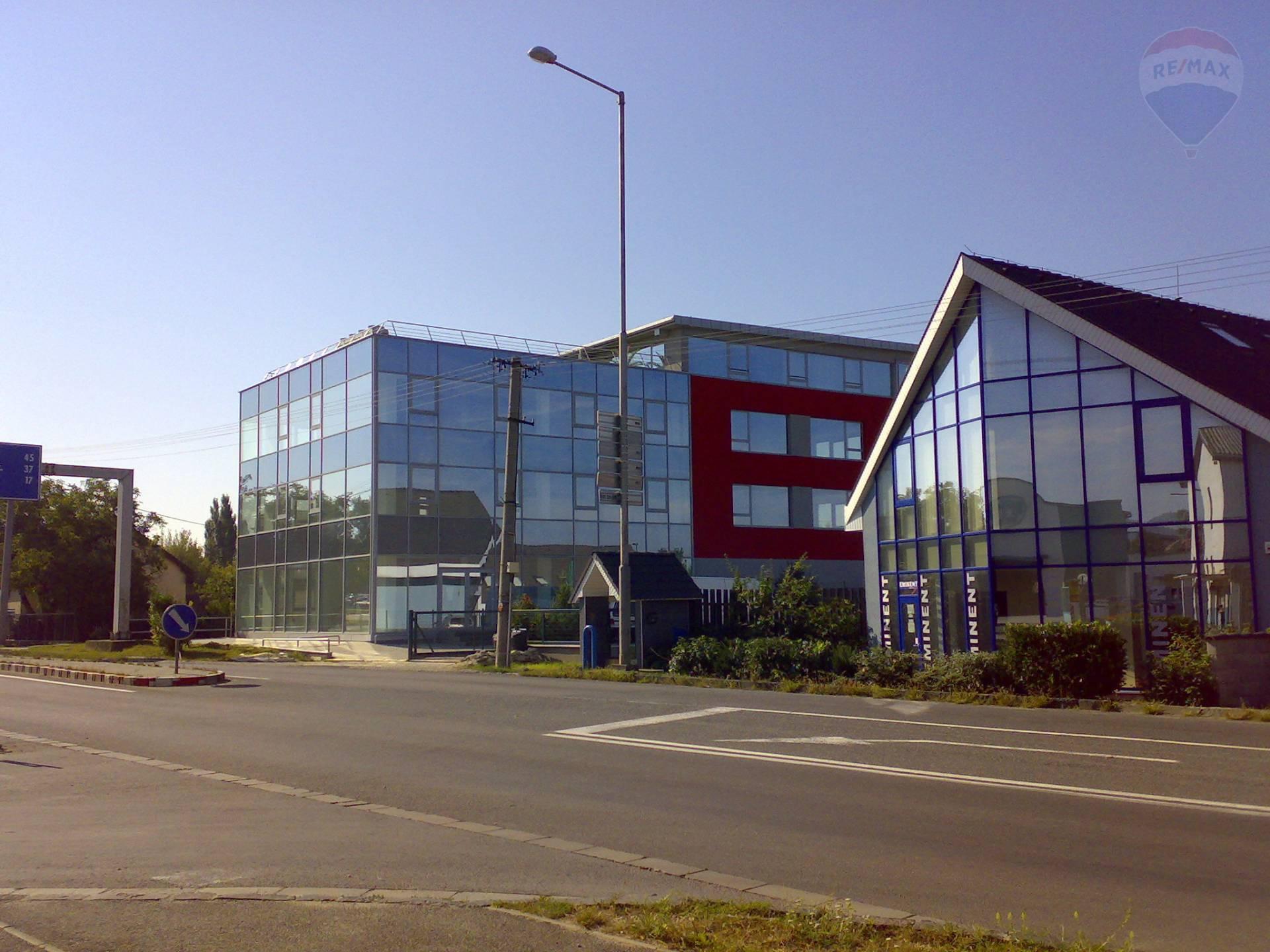 prenájom obchodný priestor Nitra, Levická