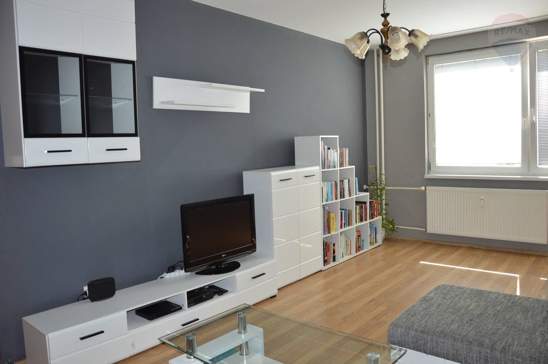 predaj 2 izbový byt Nitra, Alexyho