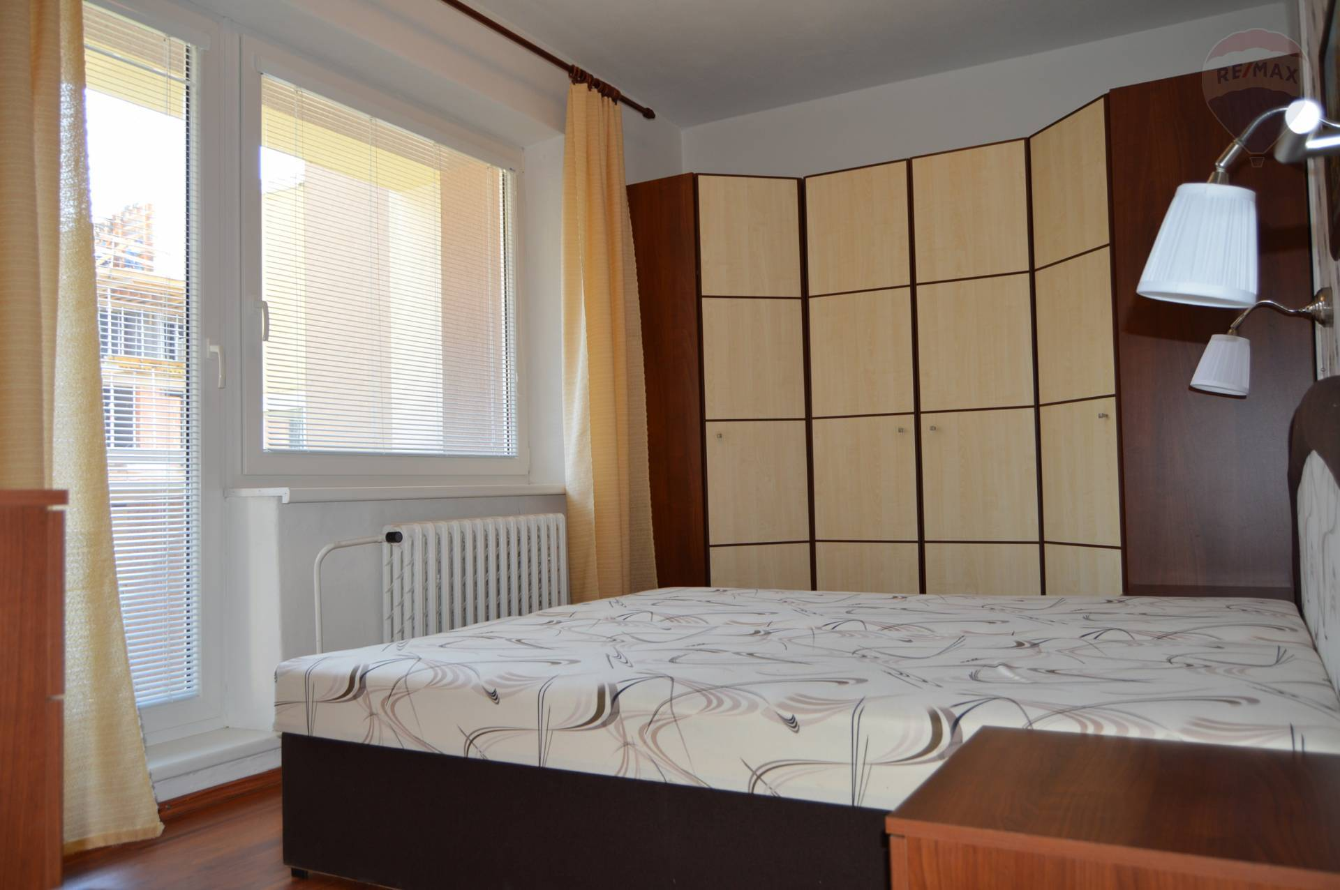 predaj 4 izbový byt Nitra, Jelenecká