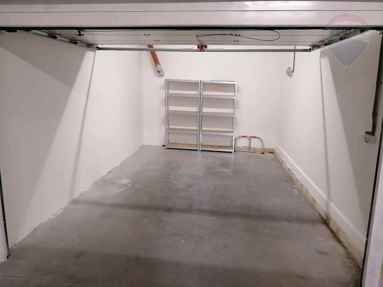 predaj malý objekt, garáž Nitra, Jelenecká