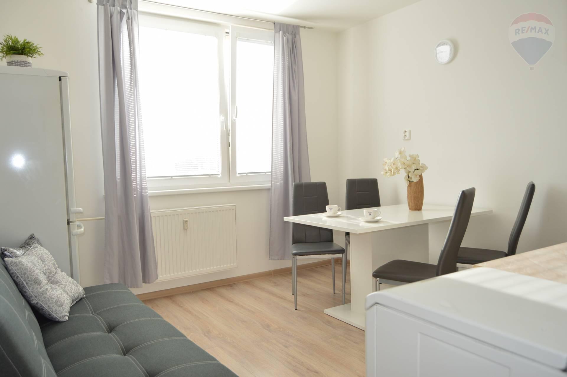REZERVOVANÉ.Predaj 1 izbový byt Nitra Čermáň.
