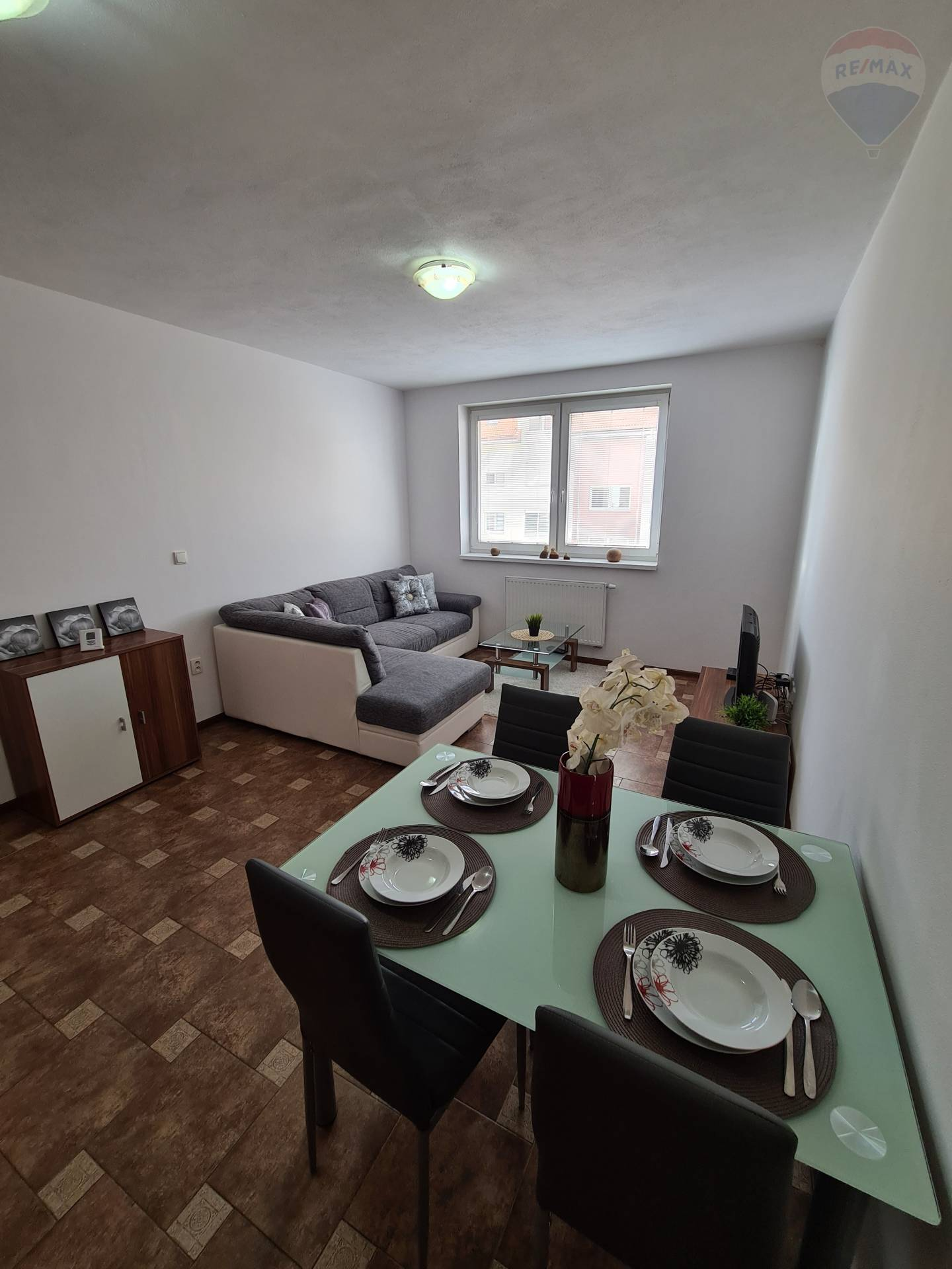 predaj 2 izbový byt Nitra, Jelenecká