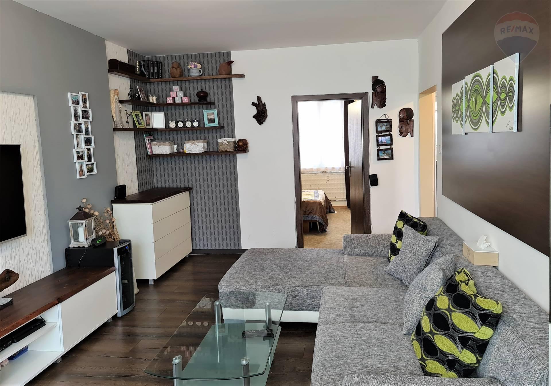predaj 3 izbový byt Nitra, Čajkovského