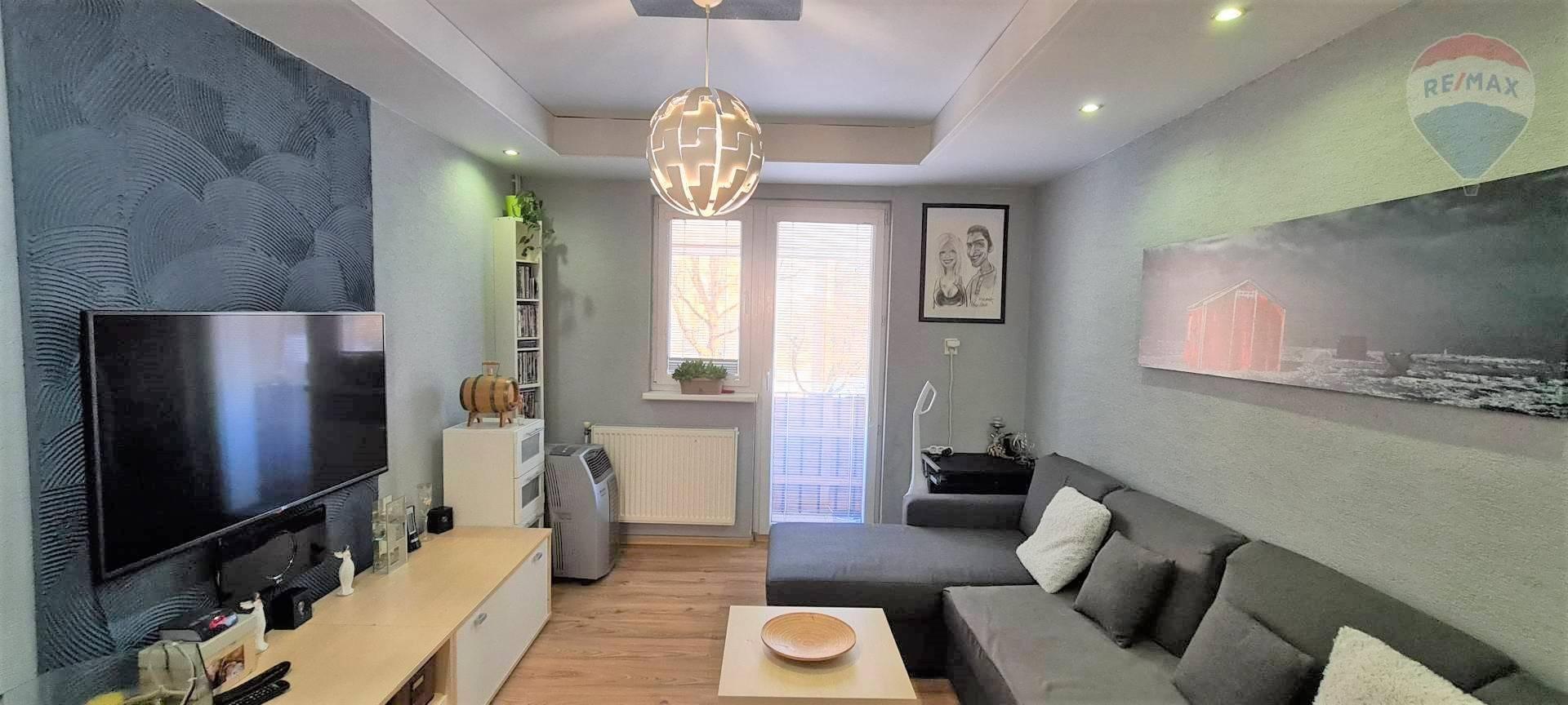 predaj 2 izbový byt Nitra, Jarmočná