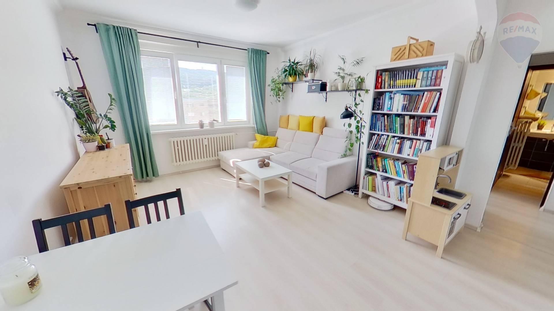 predaj 3 izbový byt Bratislava - Nové Mesto, Račianska