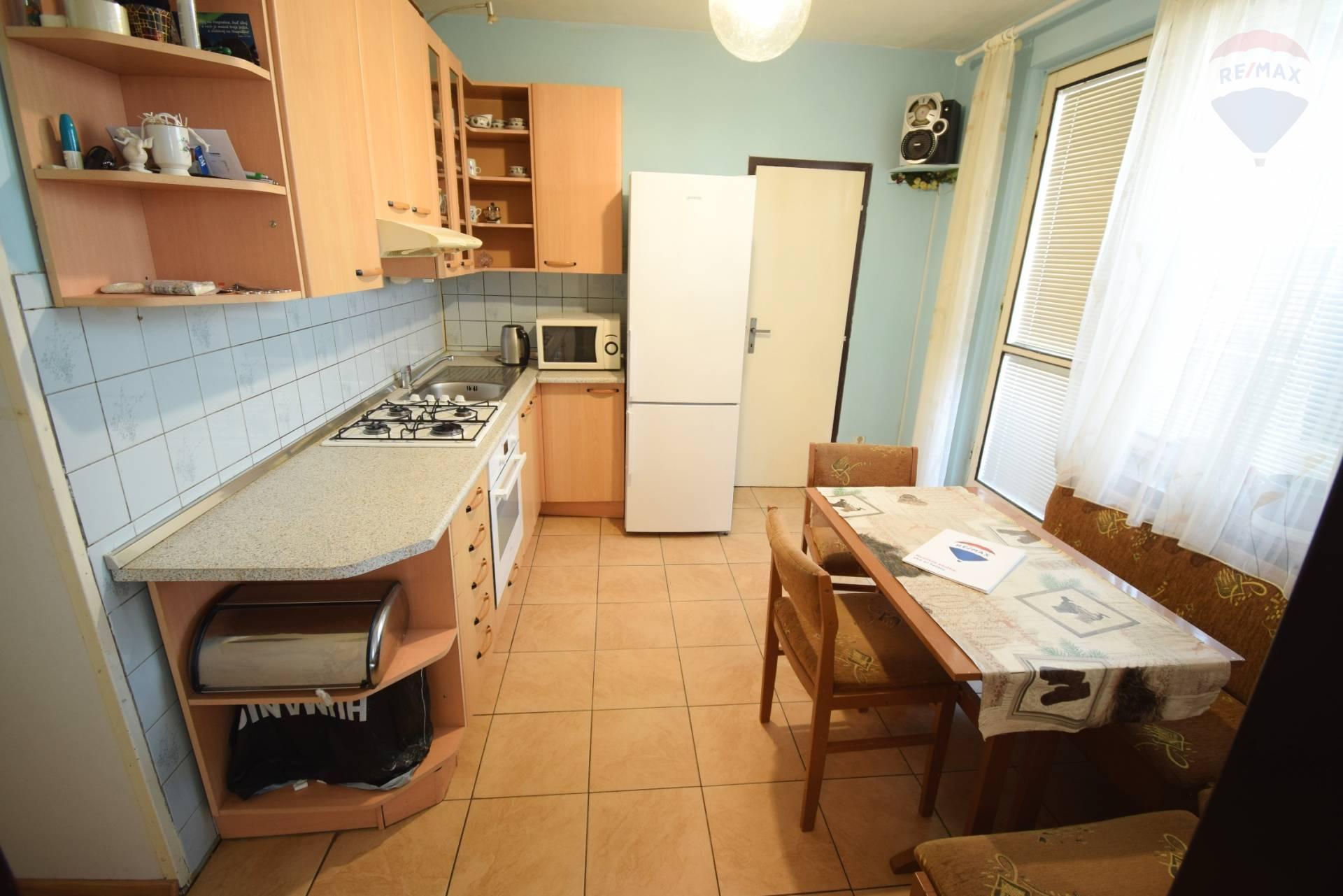 predaj 2 izbový byt Nitra, Hlboká